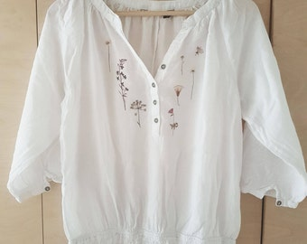 Be A Meadow Womens Blouse