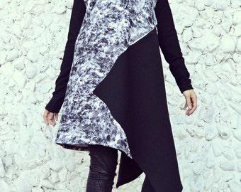 Black and White Sweatshirt, Cotton Fleece Sweatshirt, Street Style Sweatshirt, Printed Sweatshirt TDK166 by TEYXO
