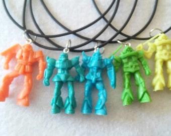 10 Robots Necklaces Party Favors