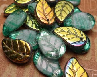 Green Glass Leaf Beads 14x9mm - 10pc