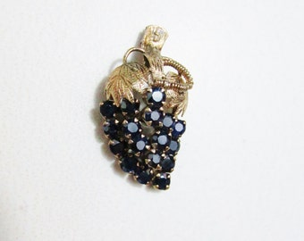 Vintage Pendant: 14k Gold and Sapphires Bunch of Grapes