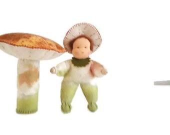 Felt toadstool  - Waldorf inspired - Nature table - Antroposofisch - Seizoentafel - Vilt paddenstoel