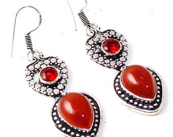 Bohemian carnelian, Garnet and Silver earrings. Carnelian, garnet and silver earrings