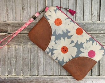 Wrist Clutch Flower Zipper Wristlet Bag