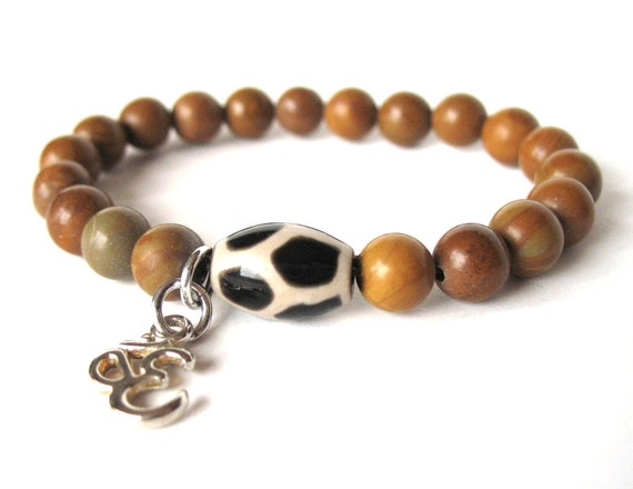 Beaded OM Bracelet in Brown Agate Stone with Dzi Bead and OM Charm, Meditation Bracelet, Yogi Bracelet, Gift for Her