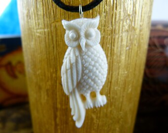Perched Owl Necklace - Hand Carved Owl Necklace - White Owl Totem necklace - Meditation owl necklace - Spirit animal necklace - X004