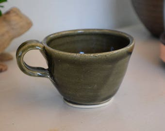 Green Ceramic Mug, Coffee Mug, Tea cup, coffee cup, birthday, housewarming, hostess gift, moss green, olive green