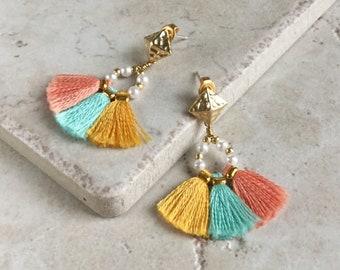 Bridesmaid tassel earrings, Fan shape earring, Boho earrings, Tassel earrings, Bohemian earrings, Fringe earrings, Bridesmaids gift,