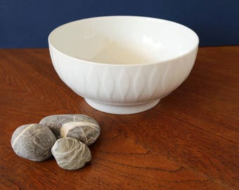 Lanzette bowl by Tapio Wirkkala for Thomas Rosenthal group, Germany, salad bowl, fruit bowl, serving dish with leaf pattern