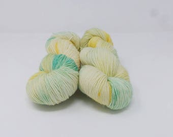 Dreaming of Daffodils - 4ply Divine hand dyed yarn – Superwash MCN 80/10/10% Merino / Cashmere / Nylon