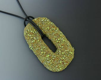 Freeform Peyote Pendant in Chartreuse Green Picasso