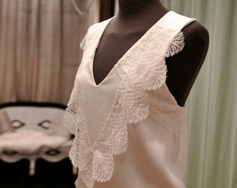 Top Wedding crepe and lace geometric