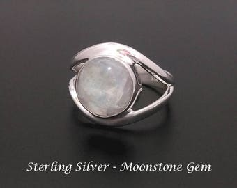 Silver Ring - Sterling Silver Ring with Moonstone Gemstone Size 6.5 | Rings for Women, Silver Ring 235