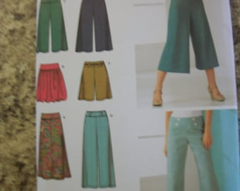 Simplicity 4237 Misses  (U5 16 to 24)knit skirt in 2 lengths,cropped wide leg pants,woven pants, shorts.  Easy-To-Sew