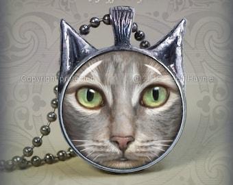 TBKG10 Grey Tabby Cat pendant