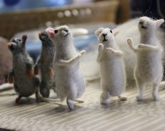 Needle felted  mouse,felted  mouse,  Miniature soft sculpture