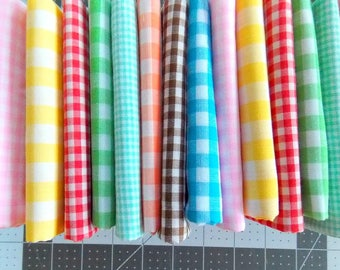 Vintage Gingham Fabric / Green & White  / Fat Quarter
