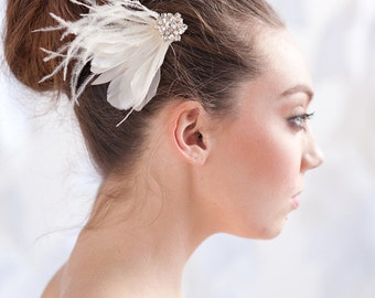 Feather fascinator, bridal headpiece, feather hair comb, bridal - style 1109 - FREE SHIPPING*