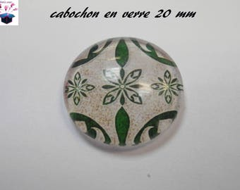 1 cabochon clear 20mm clover Celtic happiness theme