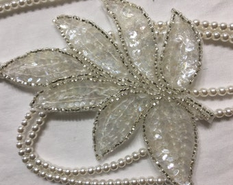Beaded Sequins LEAF  Applique in CLEAR