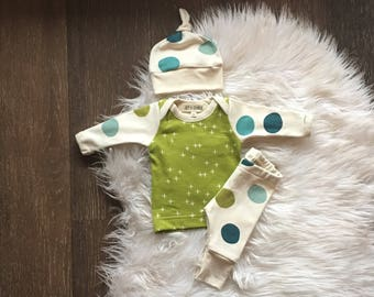 Baby boy coming home outfit • newborn take home outfit • organic baby clothes • green blue polka dots • 0-3 months • organic