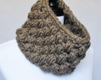 Brown Crochet Cowl, Taupe Puff Stitch, Chunky Crochet Cowl, Bobble Neck Warmer, Infinity Scarf - Giant Bobble, Khaki Brown
