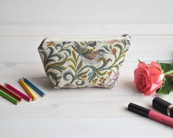 Cosmetic bag, Cosmetic pouch, cool, Make Up Pouch, Toiletry bag, Project bag, Coin Purse, Pencil case, cosmetics organizers,  Birds pouch