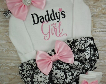 Baby girl coming home outfit, newborn, baby girl outfit, baby girl clothes, take home outfit, bodysuit, Daddy's Girl, damask, baby shower