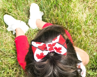 Canada Day Bow - Red Bow ~ Fabric bow ~ july 1st bow ~ Pigtail Bows ~ Baby Headband ~ rred hair clip ~ Kids Headband ~Red and white bow