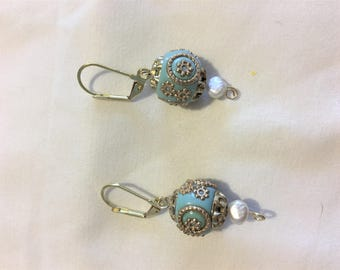 LIGHT BLUE, pearls and gold