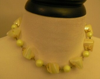 vintage jewels ...  Fab Retro Mint GREEN toned twisted and pearled BEADS classic NECKLACE vintage antique plastic celluloid bakelite    ...
