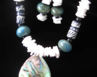 Bead & Shell Necklace Set N002