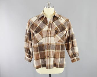 1960s Vintage / Brown Plaid Flannel Shirt / Heavy Flannel Shirt Jacket / Button Front / Size XL 46 / Scalloped Shoulders / Anchor Buttons