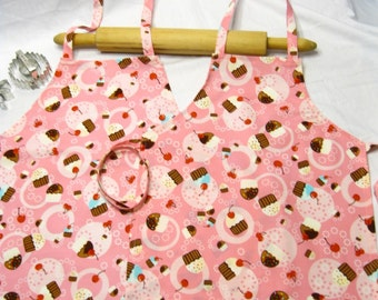 Tossed Cupcake Mother Daughter Aprons