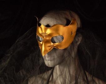 Leather bird mask gold grackle