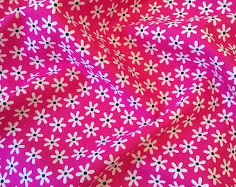 Retro mini cerise pink and white daisy floral flower quality 100% cotton fabric Rose and Hubble by HALF METRE