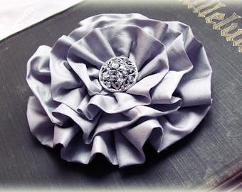 Gray Flower Hair Piece.Gray flower Brooch.Pin.Gray headpiece.bridesmaid accessory.light gray.grey Flower.gray silk flower.gray hair flower.