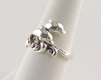 Size 6.5 Sterling Silver Double Jumping Dolphin Ring