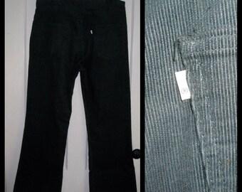 Vintage Levi's 646 36X30 Dark Green Corduroy Mens 1970's Bell Bottom Flare Jeans #1513
