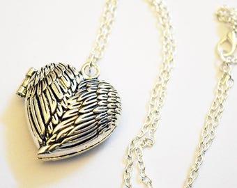 Beautiful Angel Wing Heart Design 18inch Silver Tone Locket Necklace