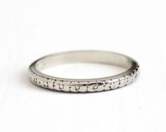 Sale - Dated 1933 Band - Antique Art Deco 18k White Gold Orange Blossom Flower Ring - Size 5 1/2 Vintage 1930s Eternity Wedding Fine Jewelry