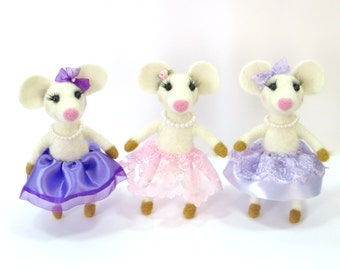Needle Felted Mouse.White Mouse.Girl.Cute Mouse.Felt Animal.Pink,Purple,Lavender Skirts. Soft Sculpture.Ballerina Mouse.Made to Order.