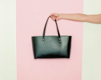 Black Leather Tote Bag. Italian vegetable tanned leather