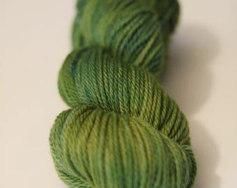 Onion&Indigo dyed 100 % New Merino wool, aran weight