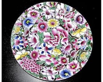 "Many plates of Chinese porcelain ""Qianlong Nian Zhi"" (different sizes and prix)"