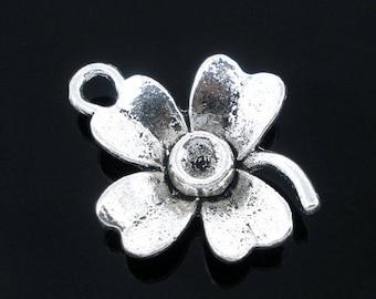 1 pendant 4 flower petals metal 22 x 12 mm