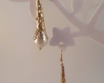 Gold filigree cone earrings