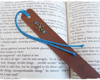 Personalized Leather Bookmark, Snowflake Bookmark, Christmas Bookmark, Winter Bookmark, Personalized Custom Leather Bookmark, Librarian Gift