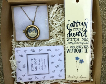 Forget Me Not Sympathy Basket; Bereavement Gift; Sympathy Gift; In memory of Gift; Condolences; Memorial Gift; Loss Gift; Remembrance Gift