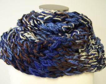 Blue Cream Brown Chunky Knit Infinity Scarf, Knit Loop Scarf, Knit Chunky Cowl, Hand Knit Infinity Scarf for Men Women Blue Brown